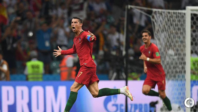 Пятница. Сочи. Португалия - Испания - 3:3. КРИШТИАНУ РОНАЛДУ только что сравнял счет в конце матча.