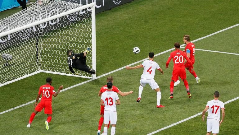 Харри КЕЙН открывает счет. Фото REUTERS