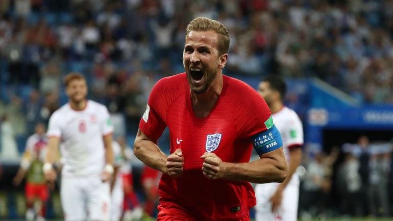 Понедельник. Волгоград. Тунис - Англия - 1:2. харри КЕЙН празднует второй гол в ворота соперника. Фото REUTERS