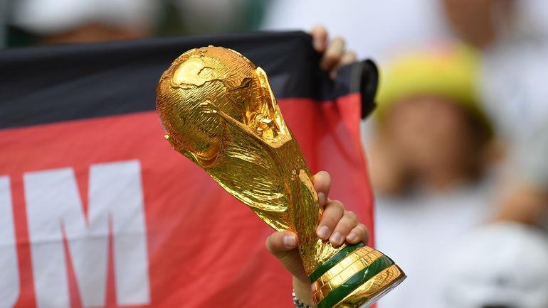 """Кубок мира пока в руках Германии. Бразилия - один из претендентов на трофей. Фото Александр ФЕДОРОВ, """"СЭ"""""""