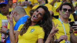 Бразильская супермодель и крокодилы на