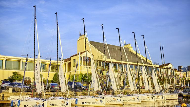 Флот J70 в Royal Yacht Club.