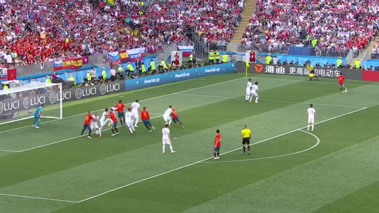 Испания - Россия: первый гол.