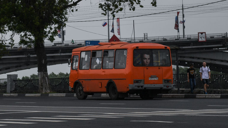 """Криштиану Роналду катается по Нижнему на маршрутном автобусе. Фото Дарья ИСАЕВА , """"СЭ"""""""