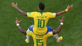 Неймар тащит Бразилию, Бразилия несет Неймара