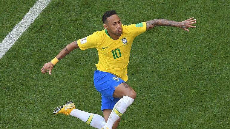 Понедельник. Самара. Бразилия - Мексика - 2:0. НЕЙМАР: гол плюс пас. Фото AFP
