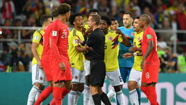 Американский судья Гейгер ошибочно наказал Колумбию 11-метровым в матче с Англией