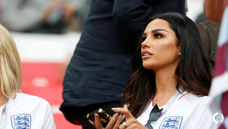 Руби МЭЙ - возлюбленная полузащитника сборной Англии Деле АЛЛИ.