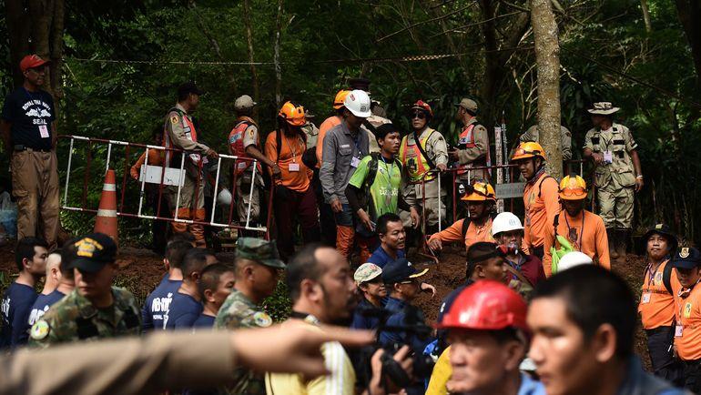 Спасательные работы в Таиланде. Фото AFP