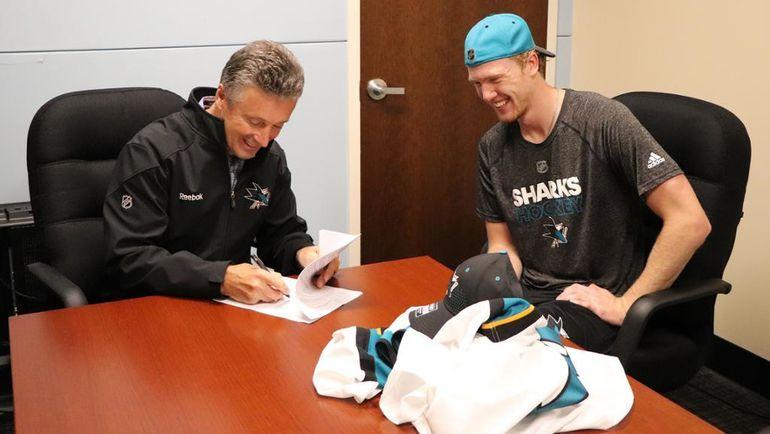 """Владислав КОТКОВ подписал контракт с """"Сан-Хосе"""". Фото NHL.com"""