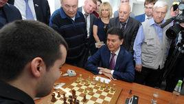 Конец эпохи Кирсана. ФИДЕ официально отстранила Илюмжинова