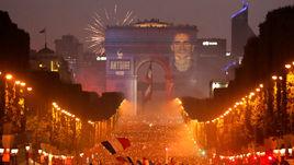 Празднование и беспорядки. Как французы радовались победе на ЧМ