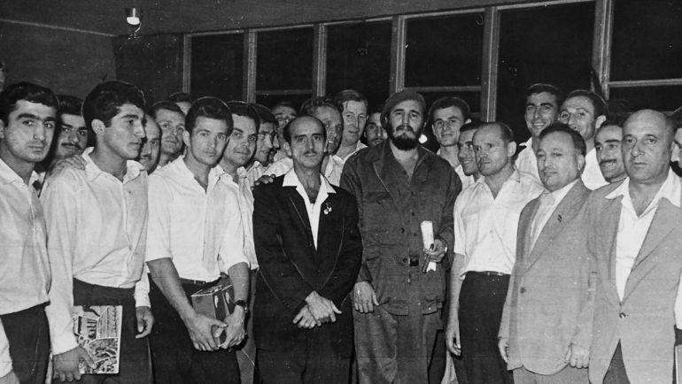 Советские спортсмены и Фидель КАСТРО.