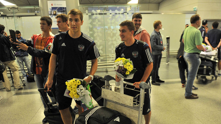 Денис ЯКУБА и Дмитрий БАРИНОВ. Фото Алексей ИВАНОВ