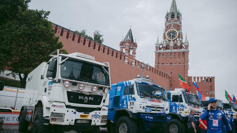 Триумфаторы на Красной площади.