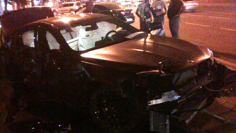 Разбитая машина Федора Смолова. Фото ВКонтакте