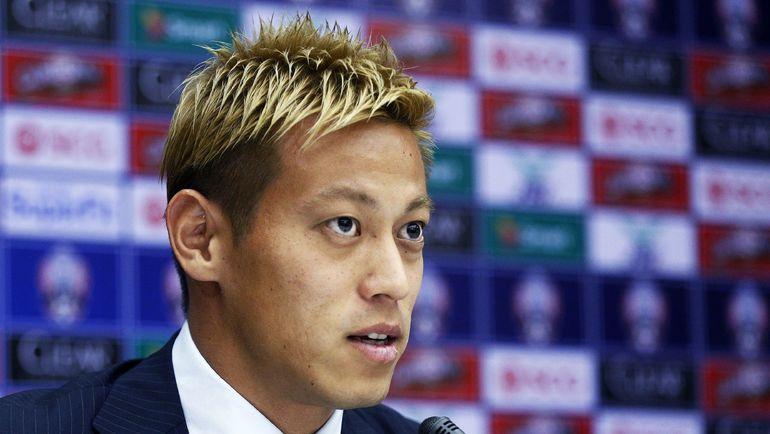 Кейсуке ХОНДА будет помогать сборной Камбоджи. Фото AFP