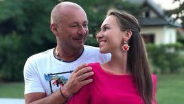 Новая жена Жулина – кто она такая? Она тоже фигуристка