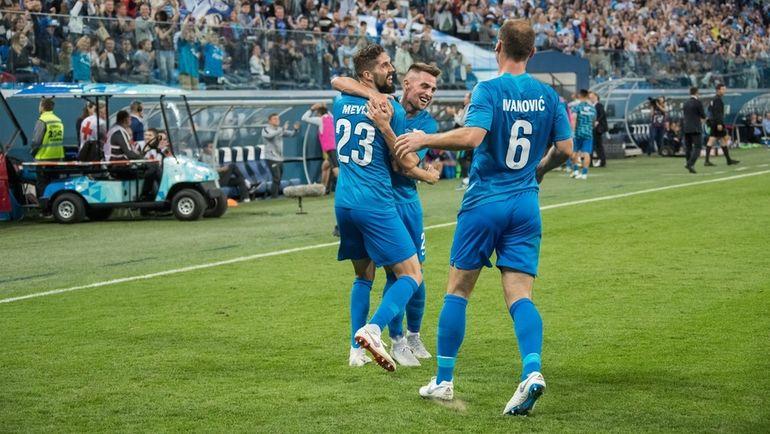 """Миха МЕВЛЯ (слева) празднует забитый мяч. Фото ФК """"Зенит"""""""