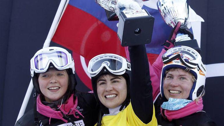 Сборная России может потерять Екатерину ТУДЕГЕШЕВУ (в центре) и Алену ЗАВАРЗИНУ (слева). Фото REUTERS