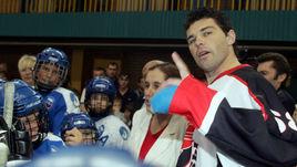 Как Ягр помог российскому хоккеисту. История Самвела Мнацяна
