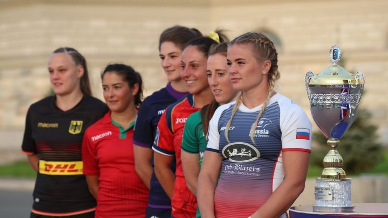 Алена МИХАЛЬЦОВА (справа). Фото twitter.com/RugbyRussia