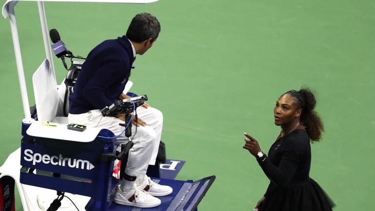 Суббота. Нью-Йорк. Серена Уильямс спорит с судьей Карлосом Рамосом.
