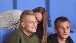 Максименко и Мамин хоккейного