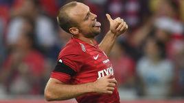 Денис Глушаков, пора завязывать. Надо играть в футбол