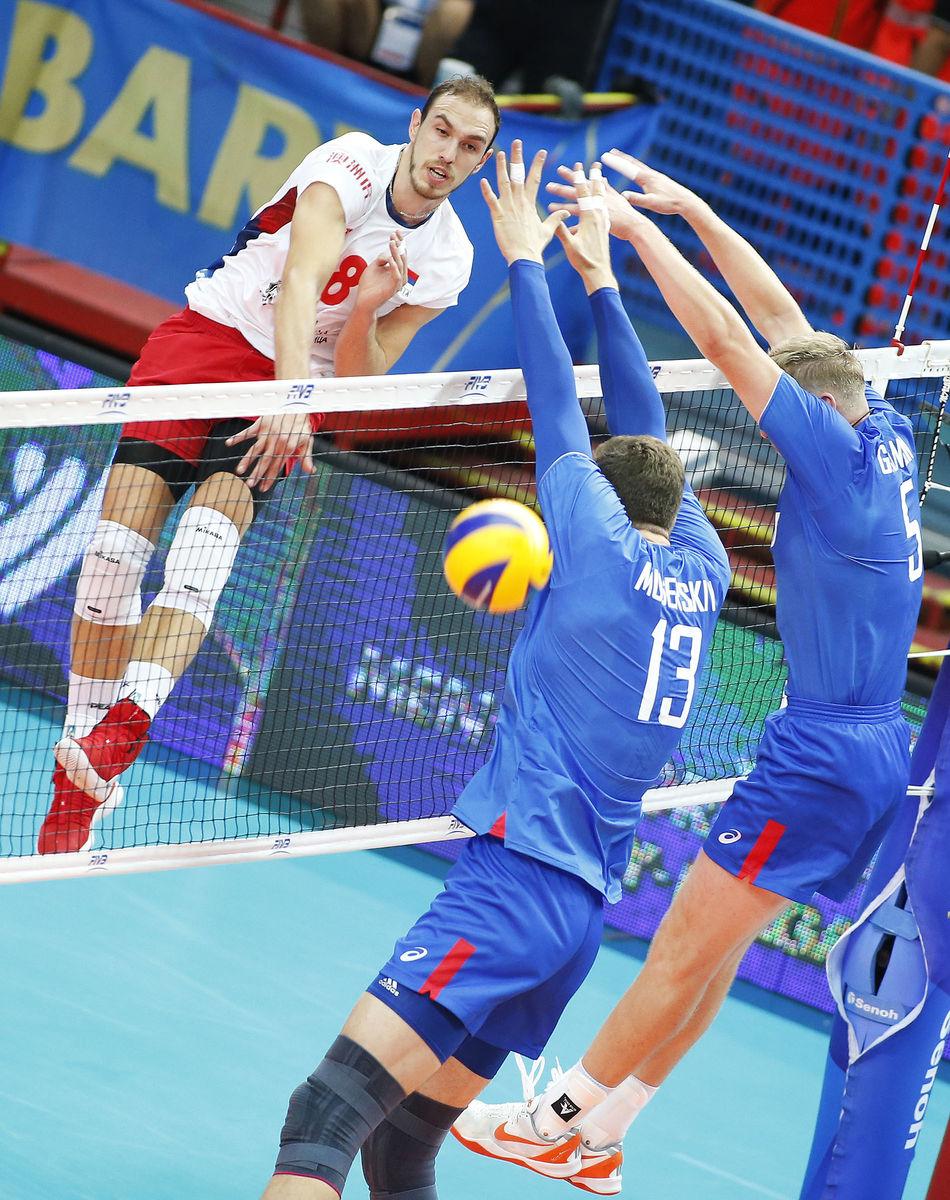 Россия проиграла Сербии. И теперь на грани вылета