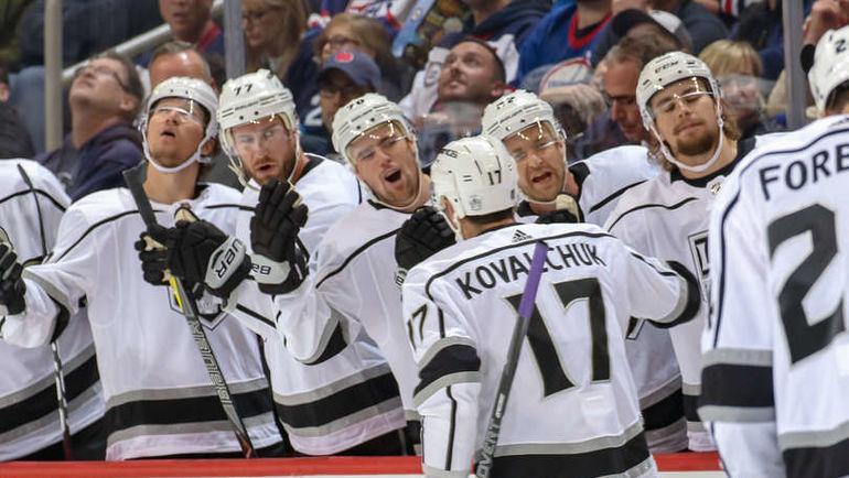 """Ковальчук забил первый гол в НХЛ после возвращения. Но """"Лос-Анджелес"""" по-прежнему плох"""