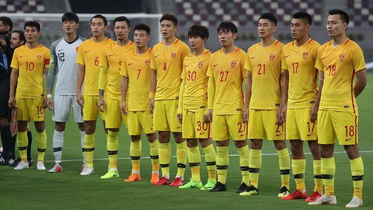 7 сентября. Доха. Футболисты сборной Китая. Фото AFP