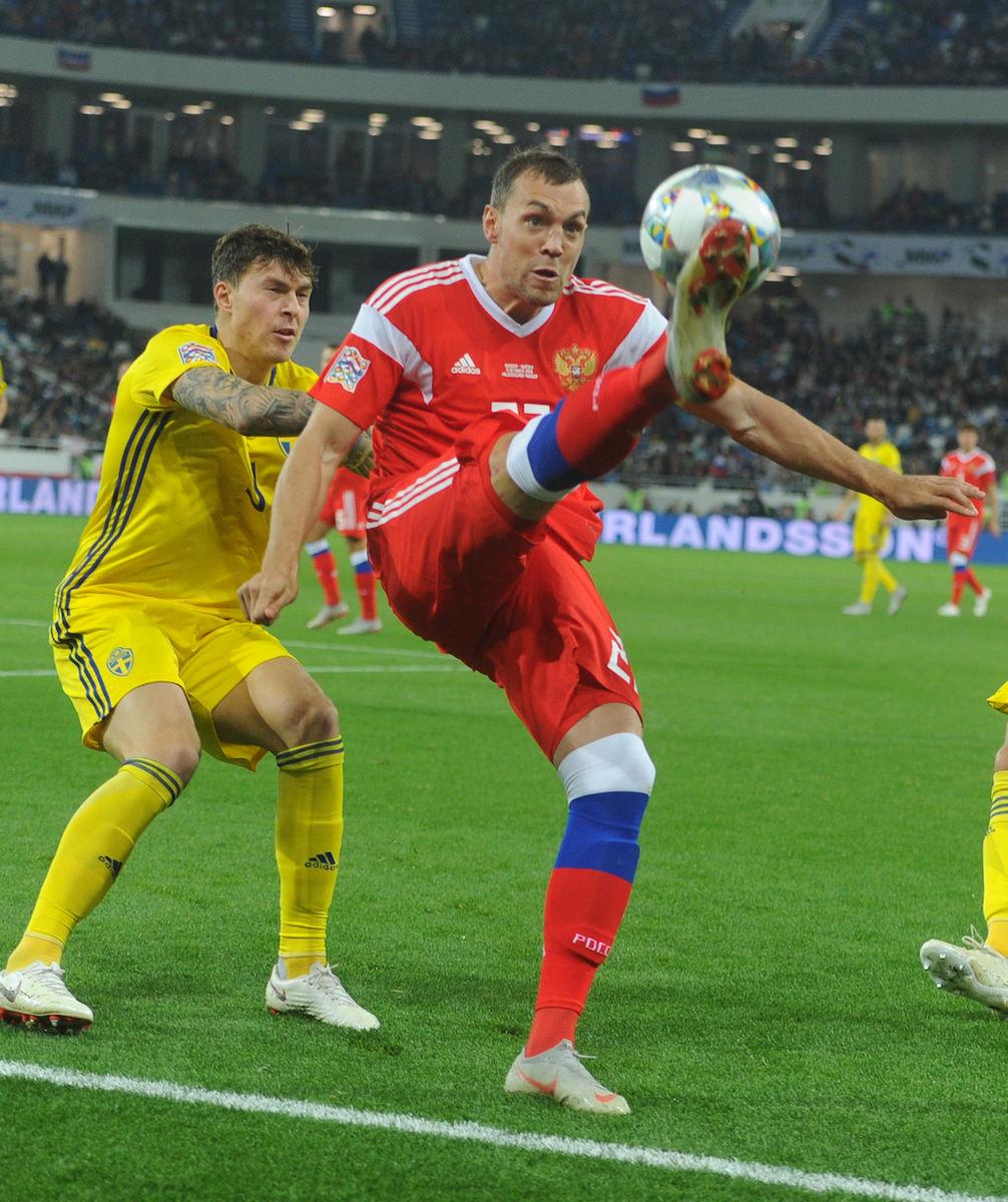 Сборная напомнила России о футболе. Но Швецию не победила