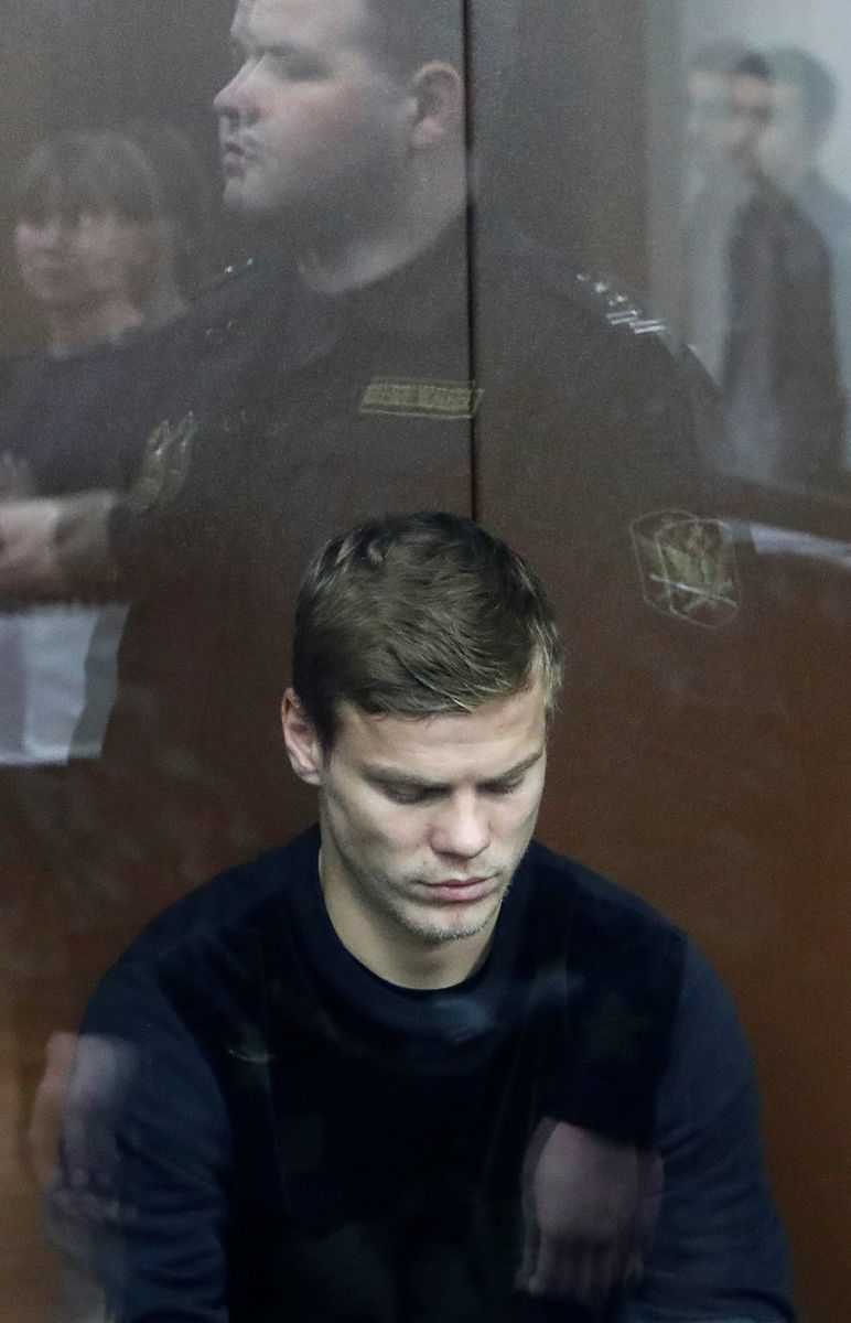 Возможно ли навсегда отстранить Кокорина и Мамаева от футбола? Объяснения для чайников