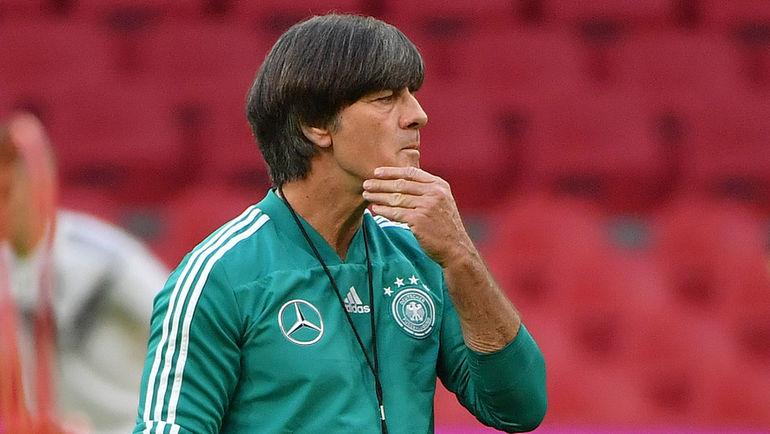 Лев не доработает до матча с Черчесовым. Германии нужен новый тренер