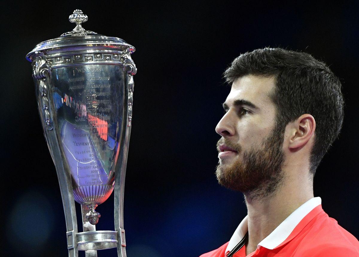 Московский трофей остается в России. Хачанов взял третий титул