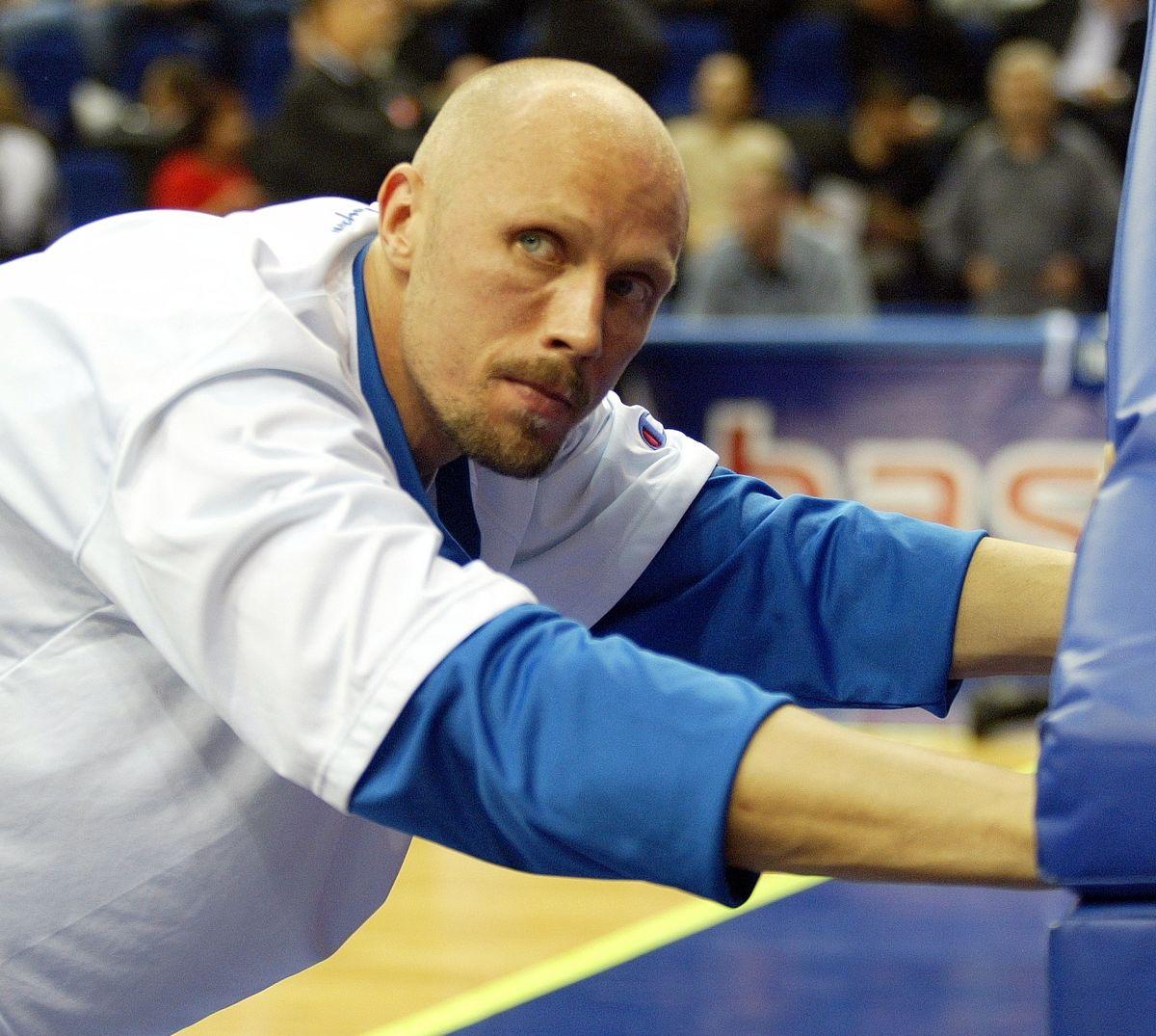Экс-баскетболист сборной России составит компанию Кокорину и Мамаеву в тюрьме