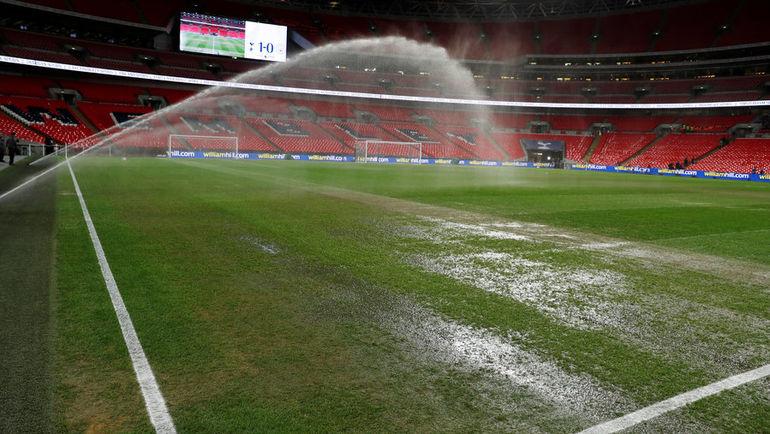 """29 октября. Лондон. """"Тоттенхэм"""" - """"Манчестер Сити"""" - 0:1. Поле """"Уэмбли"""" перед матчем."""