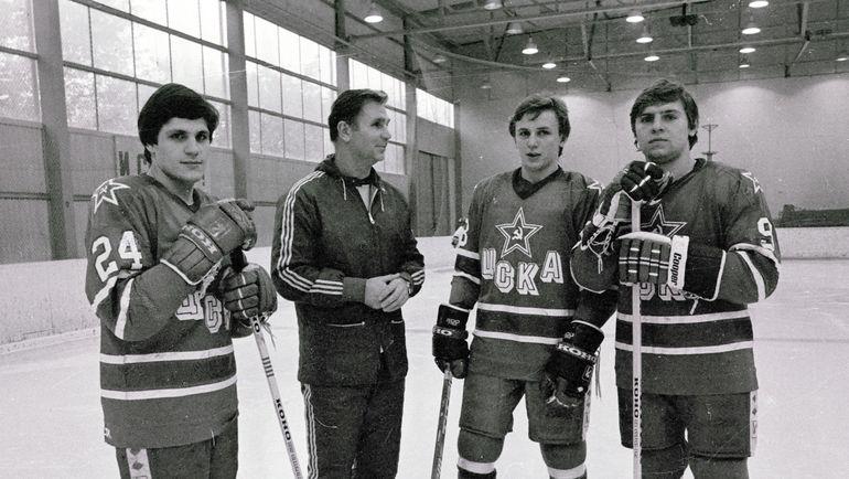 Виктор Тихонов (второй слева) и Игорь Ларионов (второй справа). Фото Игорь Уткин