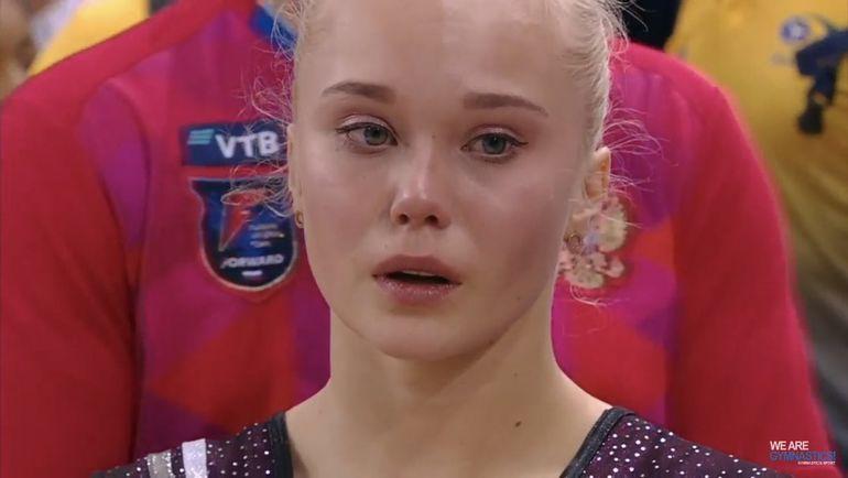 Эмоции Ангелины Мельниковой.