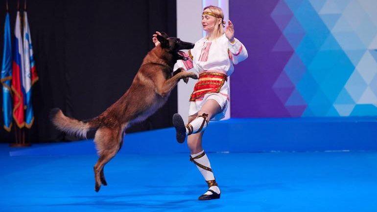 Чемпионат мира по танцам с собаками. Это зрелищно. Фото Максим Акинин