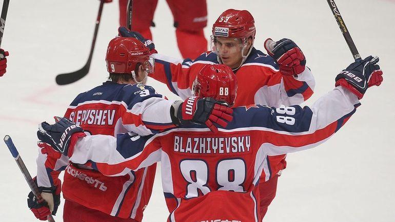 ЦСКА вышел на первое место в лиге. Кто остановит армейцев на пути к финалу?