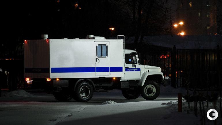5 декабря. Москва. Автозак отъезжает от здания суда.