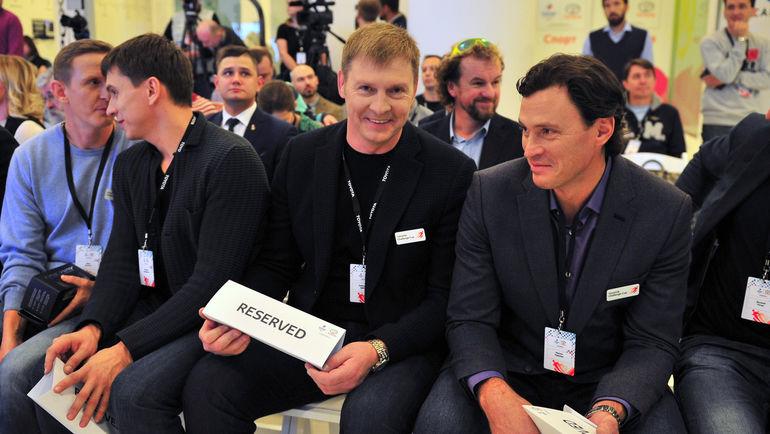 "Александр Зубков (второй справа). Фото Федор Успенский, ""СЭ"""