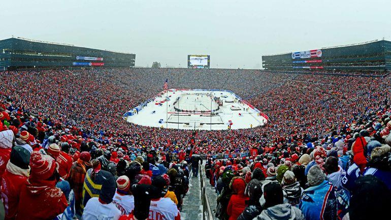 """1 января 2014 года. Энн-Арбор. Игру между """"Детройтом"""" и """"Торонто"""" посетили более 105 тысяч человек. Фото REUTERS"""