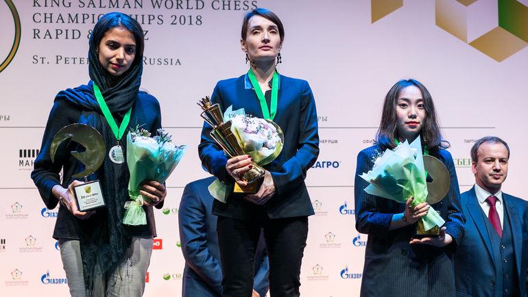 Екатерина Лагно (в центре). Фото Леннарт Отес, wrbc2018.com