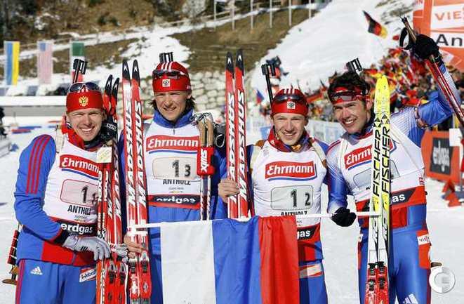Чемпионы мира 2007 года в эстафете (слева направо): Иван ЧЕРЕЗОВ, Дмитрий ЯРОШЕНКО, Максим ЧУДОВ и Николай КРУГЛОВ. Фото REUTERS.