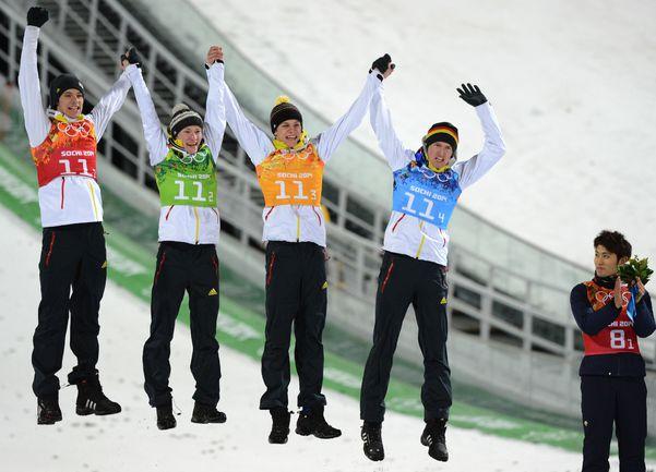 Германия - олимпийский чемпион в командных соревнованиях.