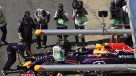 Хэмилтон - лучший в первой практике в Испании, Квят - 11-й