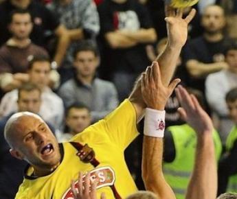 Константин ИГРОПУЛО - пожалуй, сильнейший на данный момент гандболист России. Фото REUTERS